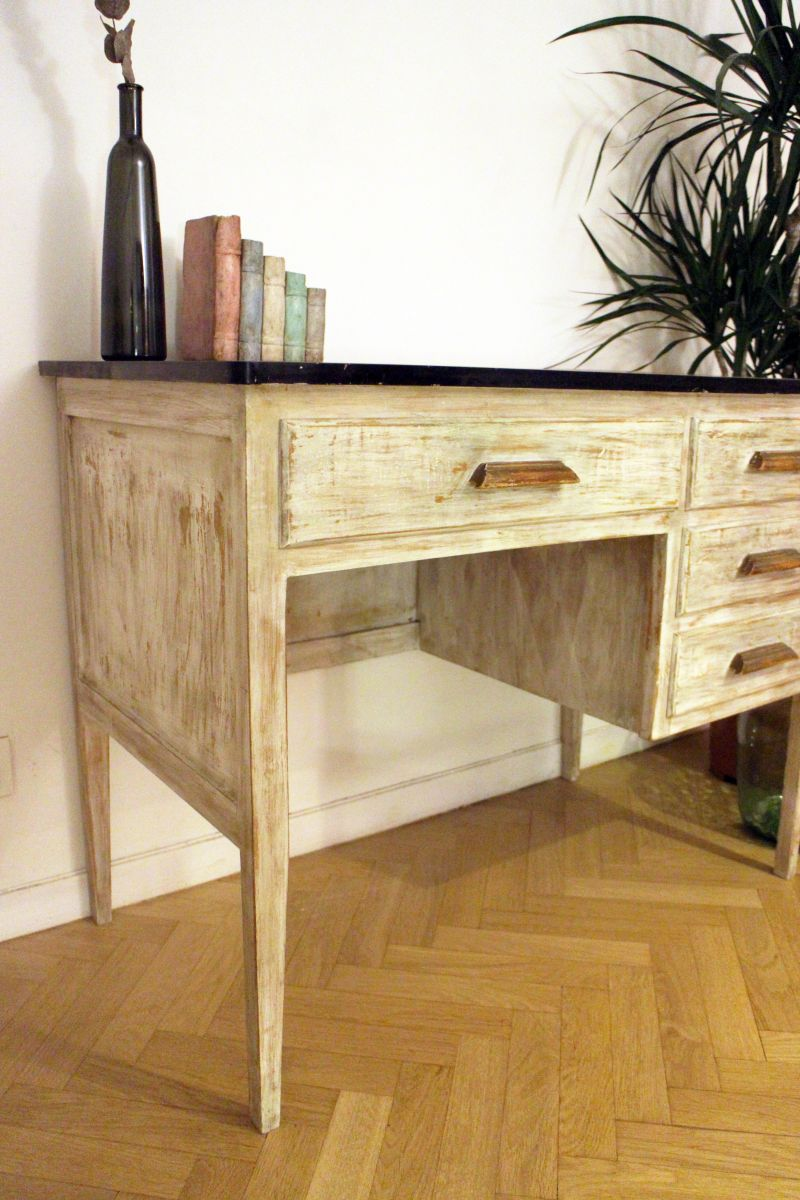 bureau vintage ann es 50 relook luckyfind. Black Bedroom Furniture Sets. Home Design Ideas