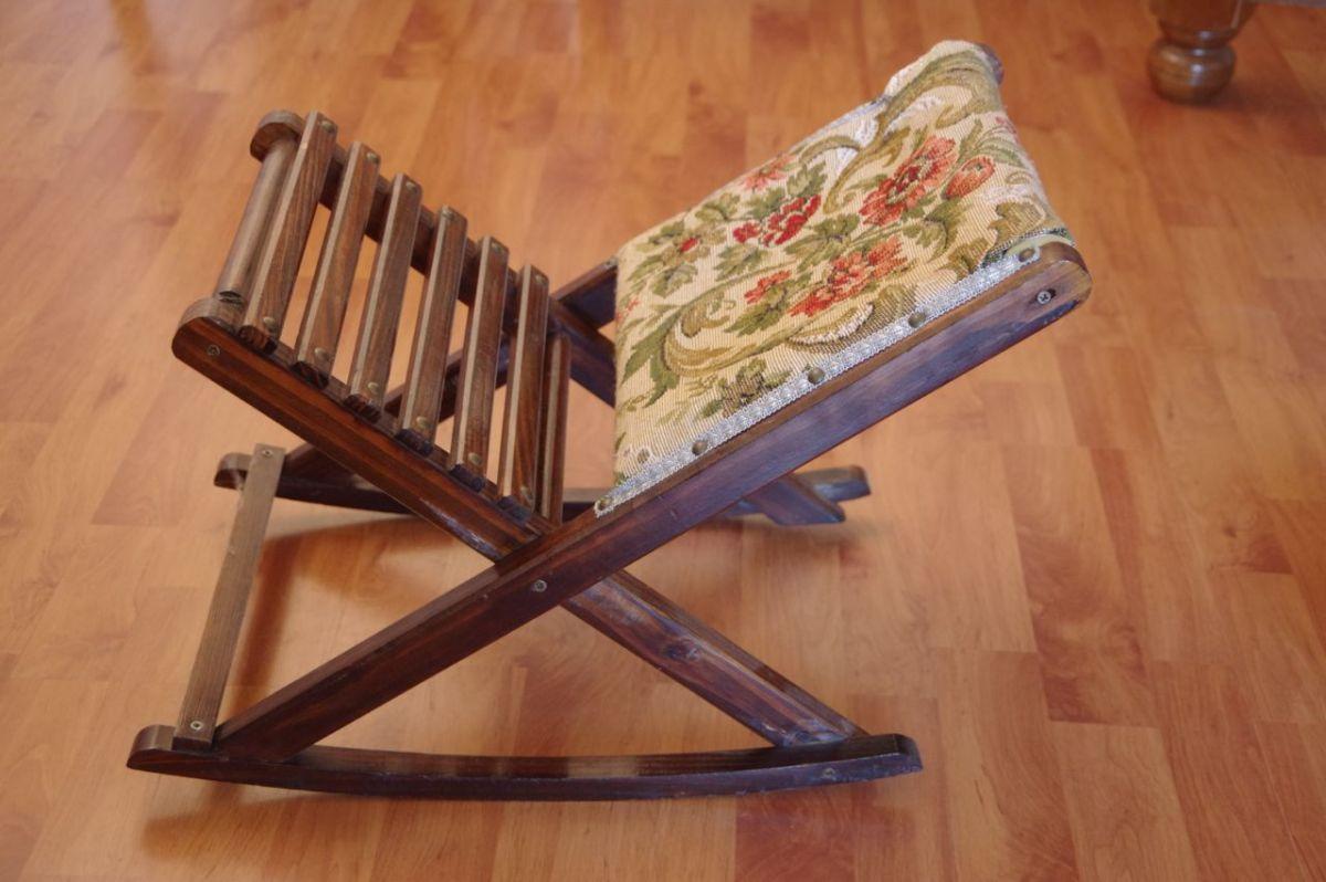 repose pieds pliant en bois et tissus luckyfind. Black Bedroom Furniture Sets. Home Design Ideas