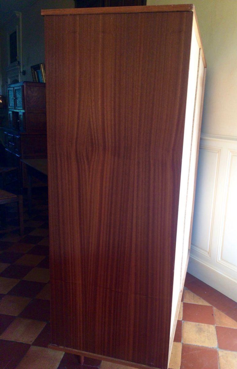 armoire vintage style scandinave luckyfind. Black Bedroom Furniture Sets. Home Design Ideas