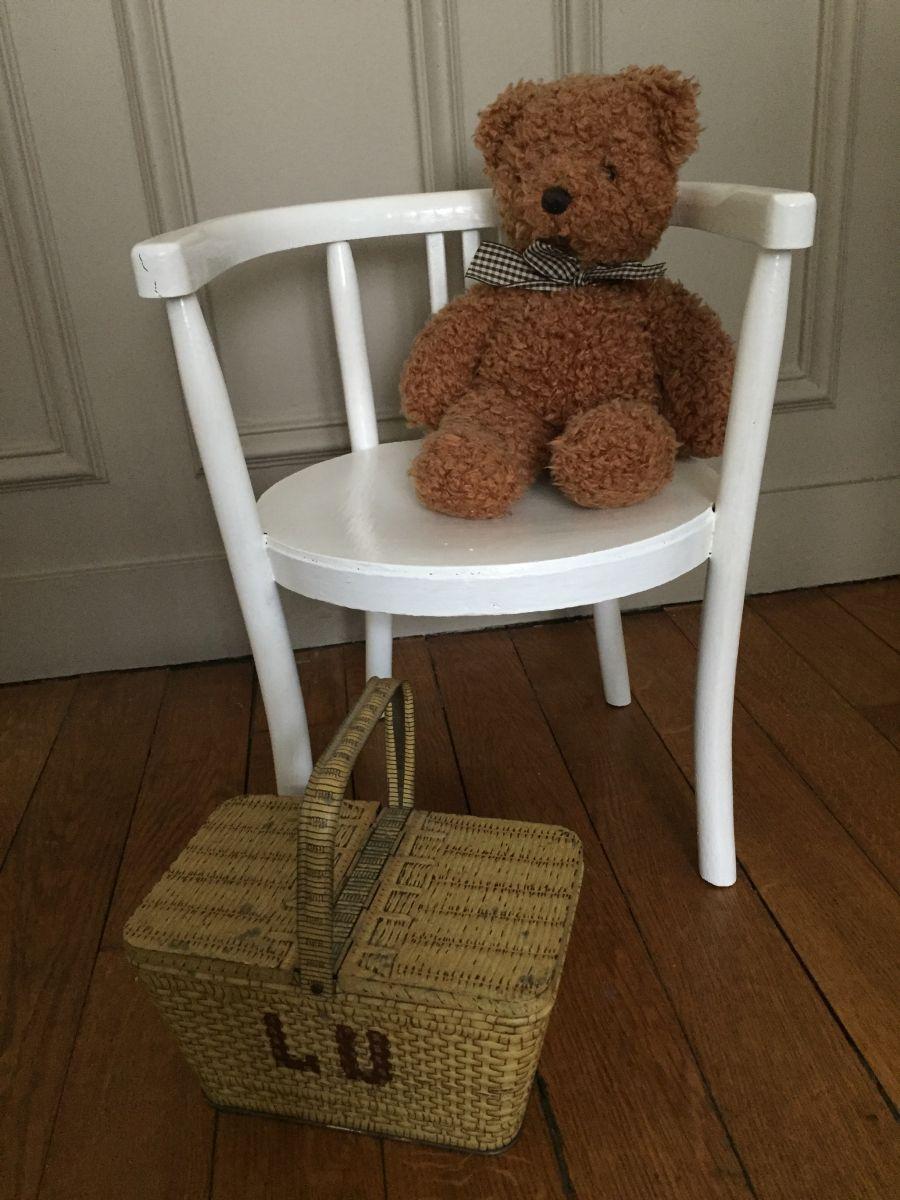 petit fauteuil d 39 enfant luckyfind. Black Bedroom Furniture Sets. Home Design Ideas