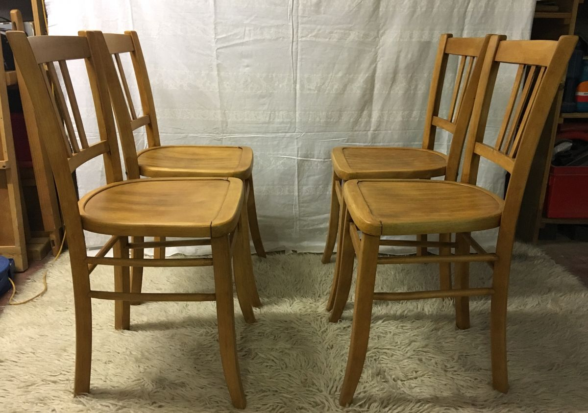 lot de 4 chaises bistrot luterma ann es 50 luckyfind. Black Bedroom Furniture Sets. Home Design Ideas