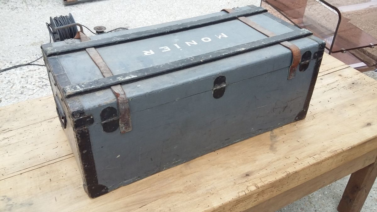 malle caisse coffre militaire ancienne vintage – luckyfind