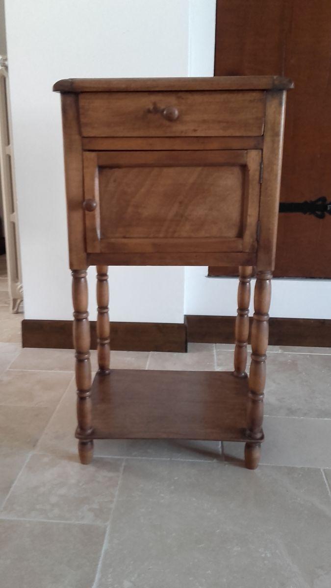 table de chevet ancienne dessus marbre luckyfind. Black Bedroom Furniture Sets. Home Design Ideas