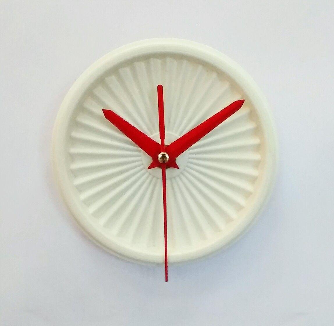 """Comment Redonner Du Lustre Au Quartz horloge vintage, pendule """"tupperware blanc""""- 11cm"""