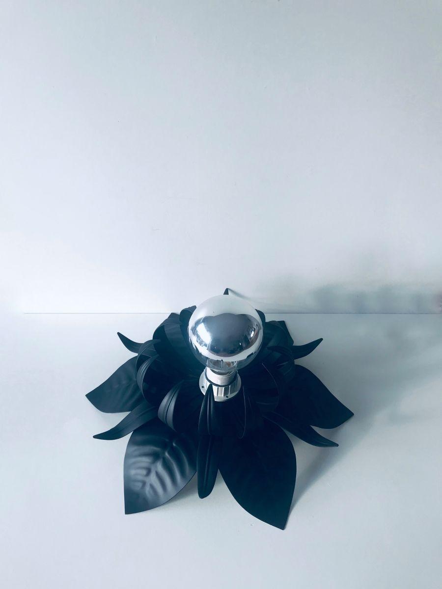 Plafonnier Italien fleurs en métal noir - Luckyfind