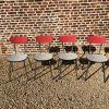 4 chaises en formica