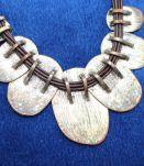 Colliers près du cou style indien effet argente