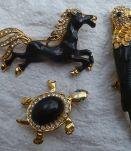 lot de 3 broches metal doré et brillants
