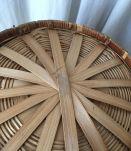 Grande corbeille en bambou .