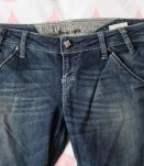 Jeans Guess bleu brut taille 40