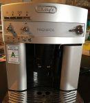 Machine à café Delonghi avec broyeur