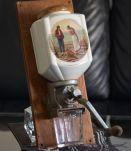 Ancien moulin à café
