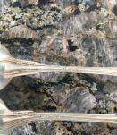 6 petites cuillères métal argenté anciennes