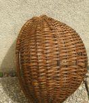 corbeille  en  osier  , vintage