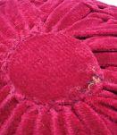 Coussin en velours plissé