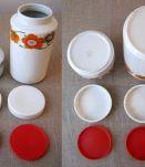 2 pots à épices en porcelaine années 70
