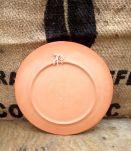 Jolie assiette décorative en terre cuite
