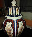 Vase avec couvercle Italy