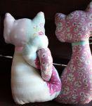Repose Fenètre Couple de chat sabby-chic fait main peluche