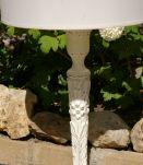 Lampe ancienne pied en bois sculpté