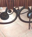 Petite Table rétro en osier et fer forgé