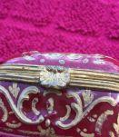 Petite boite a bijoux ancienne en porcelaine