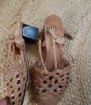 Sandales cuir tressés vintage