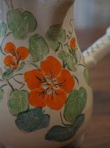 elle chocolatière en céramique fait main motif fleural