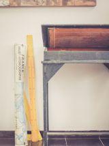 Ancien pupitre haut en bois