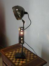 lampe de divers éléments vintage et industriel