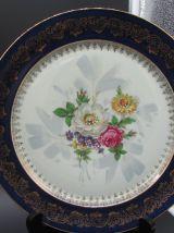 Assiettes porcelaine de Limoges bleu de four et or décor floral