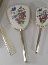 Set de toilette miroir brosse peigne