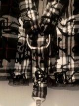 Jupe Gothique Mercy avec mousquetons et tête de mort