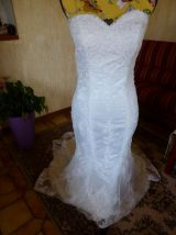 Robe de mariée et voile assorti txs