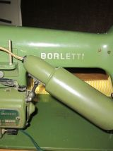 Machine à coudre BORLETTI, années 60