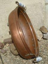 Ancienne jardinière de forme ovale en cuivre