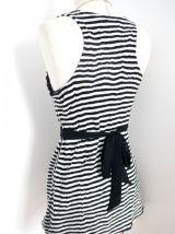 Robe pull rayure blanc noir noeud