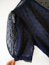Robe en dentelle bleue marine vintage 40's