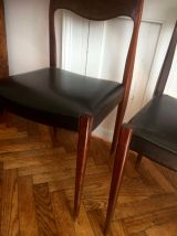 Série de quatre chaises style scandinave