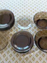 Lot 24 Assiettes + 2 Saladiers Vereco fumé
