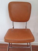 Chaise en skaï vintage