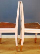 Paire de chaises anciennes repeintes