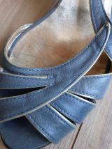 Chaussures sandales cuir retro vintage bleu doré