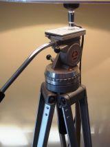 grand lampadaire créé s/anc. trépied cinéma