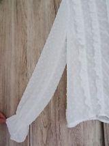 Blouse plumeti zara blanche