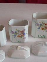 Pots a épices vintage en porcelaine