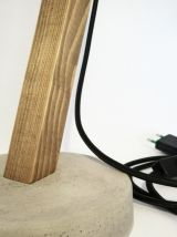 Lampe de bureau articulée en bois et béton