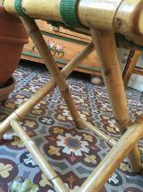 Tabouret pliant vintage en bambou.