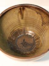 Saladier en grès émaillé bicolore