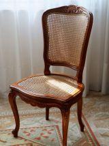 Table ovale et 4 chaises en merisier massif